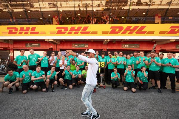 Circuit de Catalunya, Barcelona, Spain. Sunday 14 May 2017. Lewis Hamilton, Mercedes AMG, 1st Position, celebrates with his team. World Copyright: Steve Etherington/LAT Images ref: Digital Image SNE12721