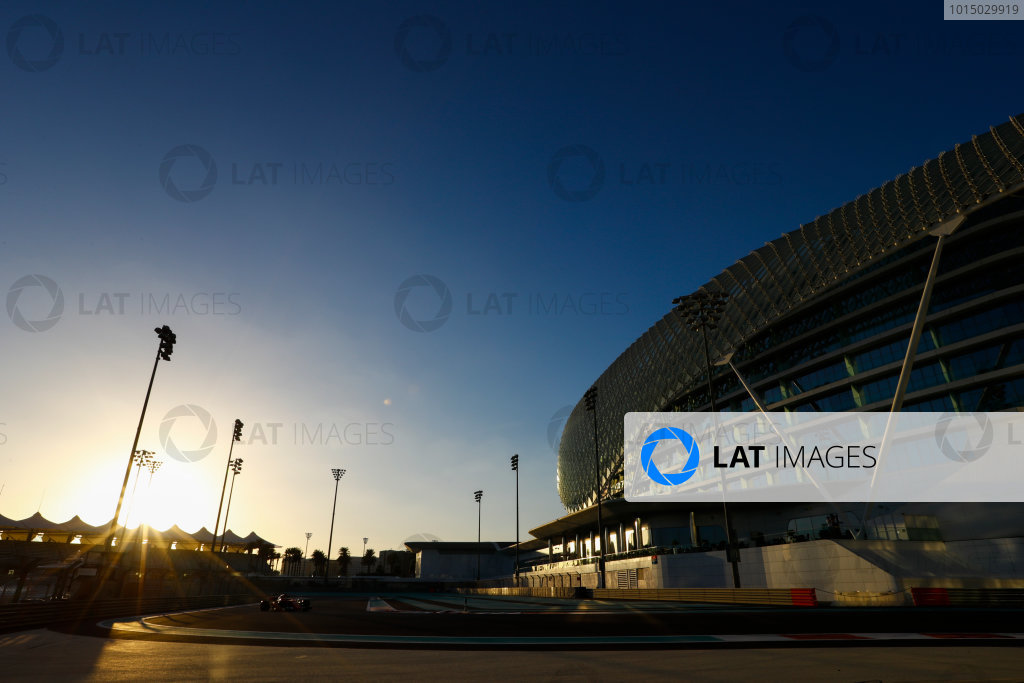 Yas Marina Circuit, Abu Dhabi, United Arab Emirates. Wednesday 29 November 2017. Sebastian Vettel, Ferrari SF70H.  World Copyright: Joe Portlock/LAT Images  ref: Digital Image _R3I6096