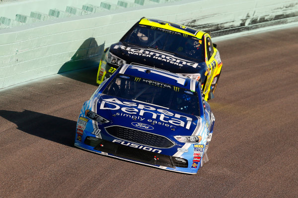 Monster Energy NASCAR Cup Series Ford EcoBoost 400 Homestead-Miami Speedway, Homestead, FL USA Sunday 19 November 2017 Danica Patrick, Stewart-Haas Racing, Aspen Dental Ford Fusion and Paul Menard, Richard Childress Racing, Richmond/Menards Chevrolet SS World Copyright: Russell LaBounty LAT Images