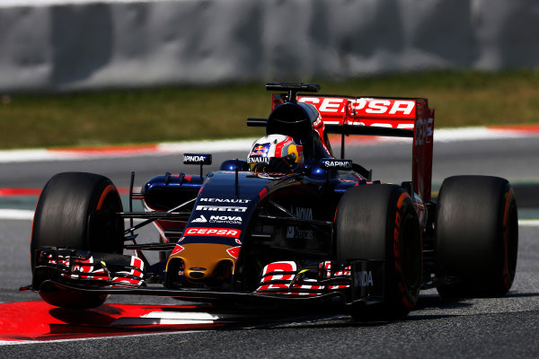 Circuit de Catalunya, Barcelona, Spain. Tuesday 12 May 2015. Pierre Gasly, Toro Rosso STR10 Renault.  World Copyright: Alastair Staley/LAT Photographic. ref: Digital Image _79P1699