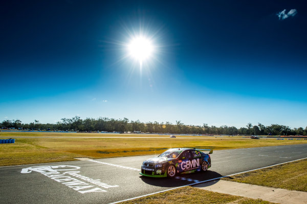 2017 Supercars Championship Round 8.  Ipswich SuperSprint, Queensland Raceway, Queensland, Australia. Friday 28th July to Sunday 30th July 2017. Alex Davison, Lucas Dumbrell Motorsport Holden.  World Copyright: Daniel Kalisz/ LAT Images Ref: Digital Image 280717_VASCR8_DKIMG_7933.jpg