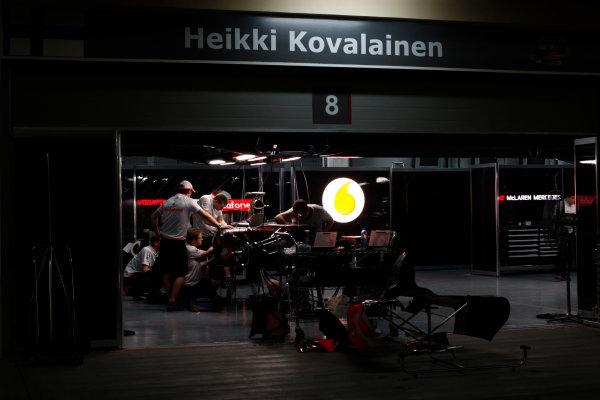 Bahrain International Circuit, Sakhir, Bahrain24th April 2009The McLaren garage by night. Garages. Atmosphere. World Copyright: Andrew Ferraro/LAT Photographicref: Digital Image _H0Y8829