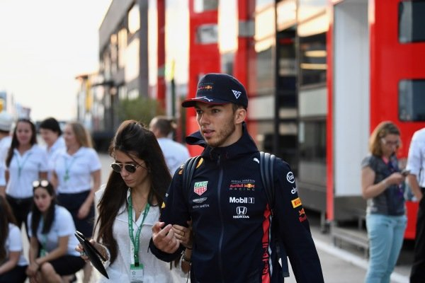 Pierre Gasly, Red Bull Racing with Caterina Masetti Zannini in the paddock