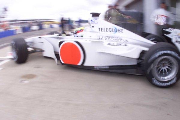 2000 British Grand Prix.Silverstone, England. 21-23 April 2000.Ricardo Zonta (B.A R. 002 Honda).World Copyright - LAT Photographic