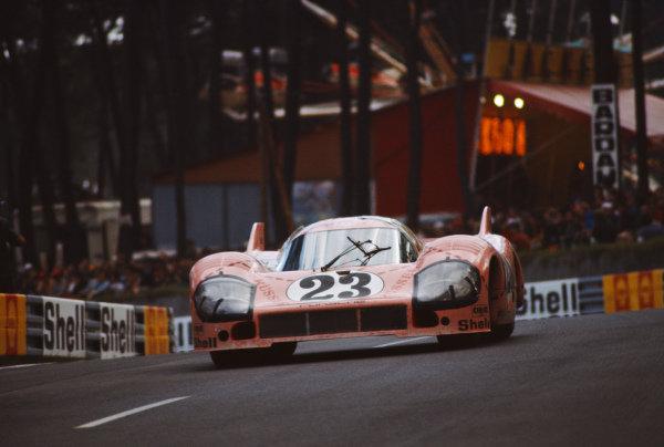 Willy Kauhsen / Reinhold Joest, Martini International Racing Team, Porsche 917/20.
