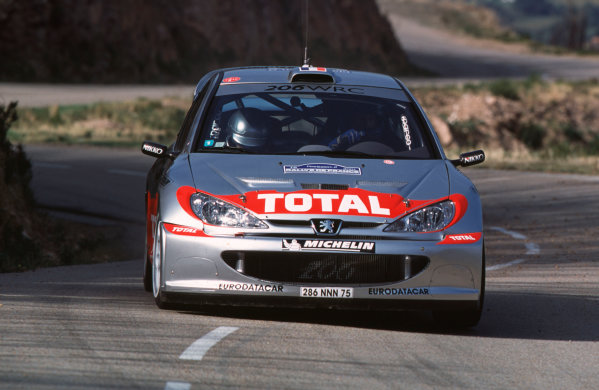 2001 FIA World Rally ChampsRallye de France, Ajaccio, Corsica, 18th-21st October 2001.Gilles Panizzi in the Peugeot, action.World Copyright: LAT Photographic/McKlein.ref: 35mm Image A07