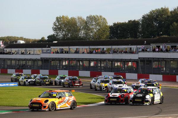 Start - Jason Lockwood - EXCELR8 Motorsport