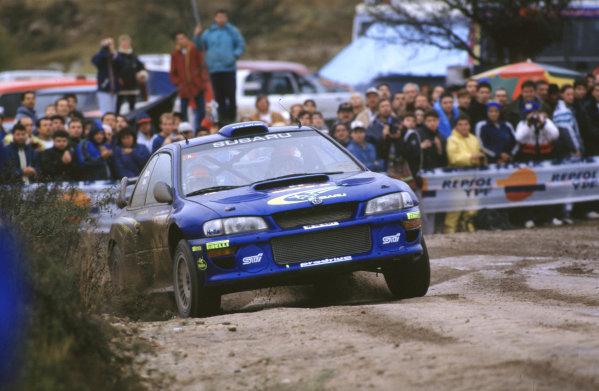 FIA World Rally ChampsRally Argentina11th-14th May 2000Richard Burns and Robert Reid-Subaru-Race winnersWorld - LAT PhotographicTel: +44 (0) 181 251 3000Fax: +44 (0) 181 251 3001e-mail: latdig@dial.pipex com