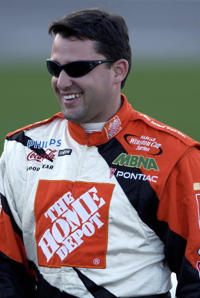 Tony Stewart (USA) Home Depot Pontiac finished sixth.