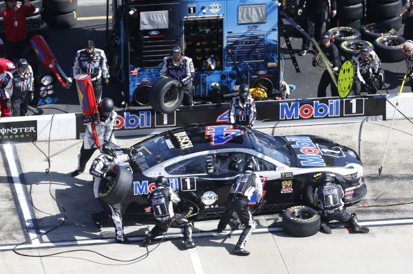 #4: Kevin Harvick, Stewart-Haas Racing, Ford Mustang Mobil 1
