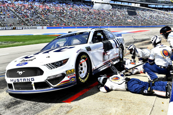 #2: Brad Keselowski, Team Penske, Ford Mustang Lite