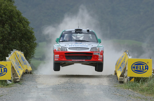 2002 World Rally Championship.Propecia Rally of New Zealand, Auckland, October 3rd-6th.Freddy Loix jumps at the end of stage 14.Photo: Ralph Hardwick/LAT