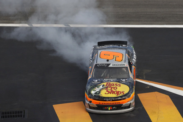 #9: Noah Gragson, JR Motorsports, Chevrolet Camaro, burnout