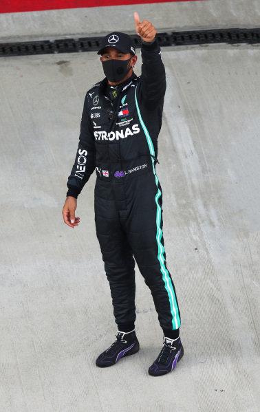 Lewis Hamilton, Mercedes-AMG Petronas F1, celebrates pole