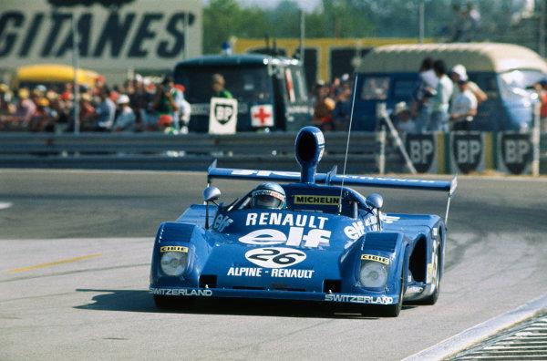 "Le Mans, France. 14-15 June 1975 Lella Lombardi/""Marie-Claude Beaumont"" (Alpine Renault A441C), retired, action. World Copyright: LAT PhotographicRef: 75LM20."