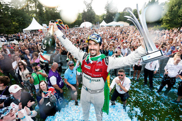 Lucas Di Grassi (BRA), Audi Sport ABT Schaeffler, Audi e-tron FE04, wins the Zurich ePrix.