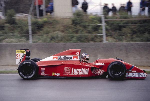 1992 Spanish Grand Prix.Catalunya, Barcelona, Spain. 1-3 May 1992.J J. Lehto (Scuderia Italia/Dallara 192 Ferrari).Ref-92 ESP 26.World Copyright - LAT Photographic