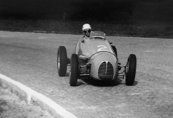 1952 Italian Grand Prix.Monza, Italy. 7 September 1952.Robert Manzon (Gordini T16). Ref-52/48 #6A.World Copyright - LAT Photographic
