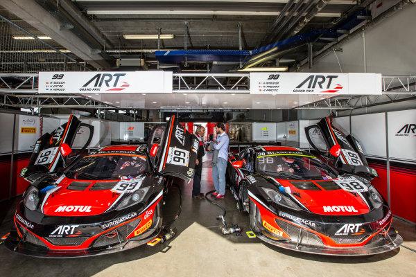 #99 ART Grand Prix McLaren MP4-12C: Andy Soucek, Kevin Korjus, Kevin Estre, #98 ART Grand Prix McLaren MP4-12C: Gregoire Demoustier, Alexandre Prémat, Alvaro Parente