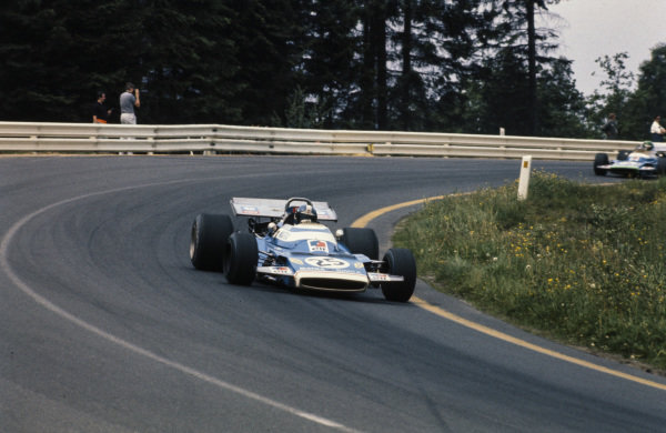Jean-Pierre Beltoise, Matra MS120 leads Henri Pescarolo, Matra MS120.