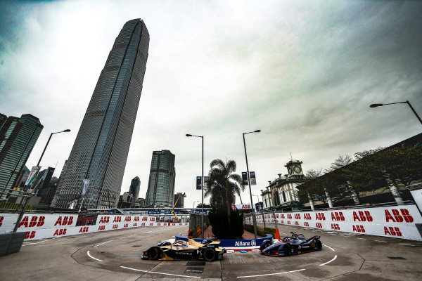 Andre Lotterer (DEU), DS TECHEETAH, DS E-Tense FE19 leads Sam Bird (GBR), Envision Virgin Racing, Audi e-tron FE05