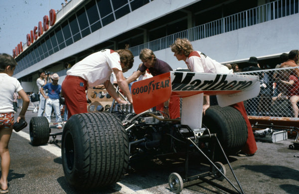 McLaren engineers work on the McLaren M23 Ford.