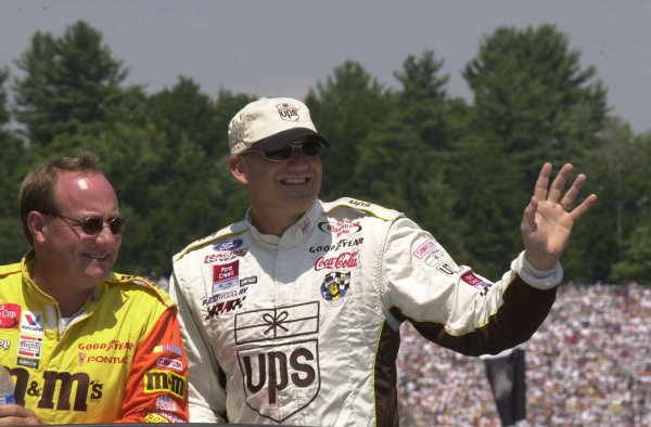 2001 NASCAR New Hampshire USA July 22 2001Ken Schrader riding with Dale Jarrett during the parade lap,-Robert LeSieur 2001LAT Photographic