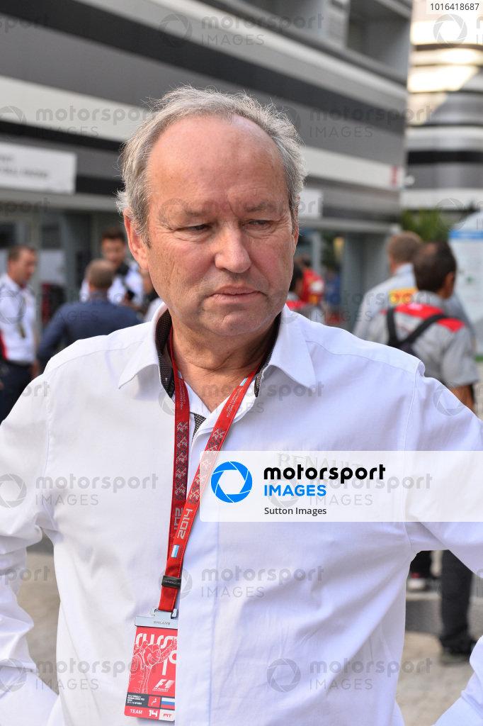 Jerome Stoll (FRA) Director of Renault Sport F1. Formula One World Championship, Rd16, Russian Grand Prix, Race, Sochi Autodrom, Sochi, Krasnodar Krai, Russia, Sunday 12 October 2014.