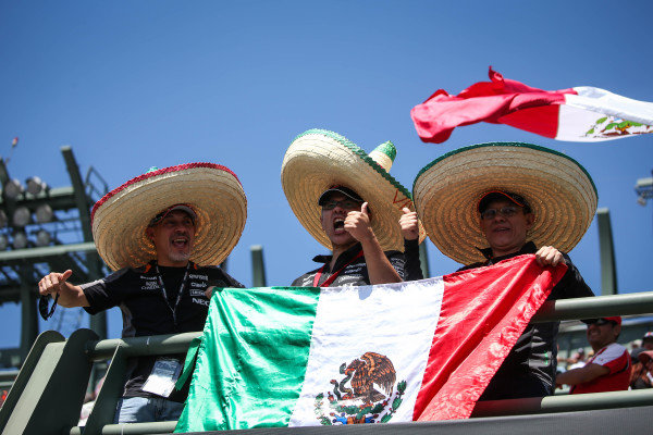 Fans with Mexican flag at Formula One World Championship, Rd19, Mexican Grand Prix, Qualifying, Circuit Hermanos Rodriguez, Mexico City, Mexico, Saturday 29 October 2016.