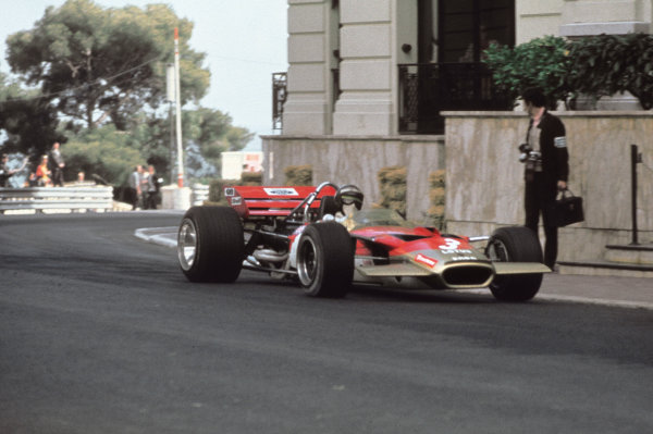 Monte Carlo, Monaco.7-10 May 1970.Jochen Rindt (Lotus 49C Ford) 1st position.World Copyright - LAT Photographicref: 70 MON 04
