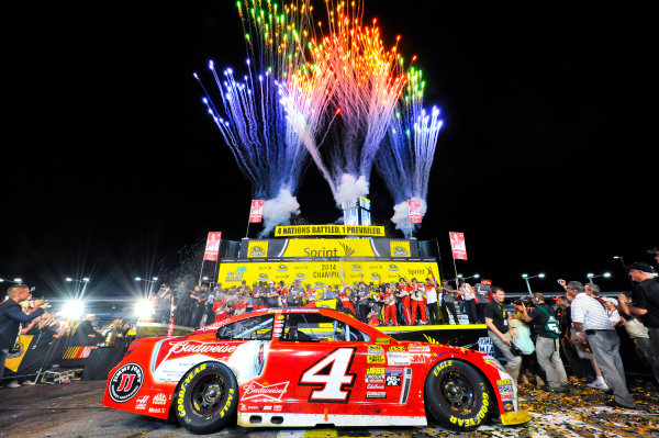 14-16 November, 2014, Homestead, Florida USA The number 4 Budweiser Chevrolet sits in victory lane as Kevin Harvick and his team celebrate their 2014 NASCAR Sprint Cup Championship. ?2014, Andy Frame LAT Photo USA