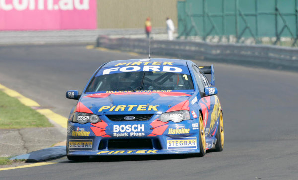 2004 Australian V8 SupercarsSandown, Australia. 12th Sepetmber 2004V8 Supercar drivers Marcos Ambrose and Greg Ritter during the Betta Electrical 500 being held this weekend at Sandown International Raceway Melbourne, Australia.World Copyright: Mark Horsburgh/LAT Photographicref: DIgital Image Only