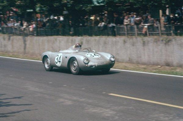 Le Mans, France. 22-23 June 1957.Claude Storez/Ed Crawford (Porsche RS500A), retired, action. World Copyright: LAT PhotographicRef: 57LM13