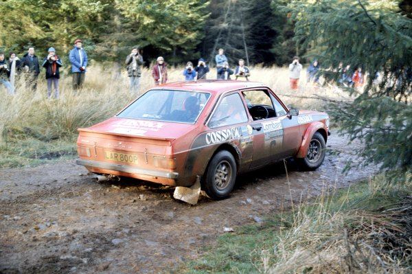 1975 World Rally Championship. Lombard RAC Rally, York, Great Britain. 22nd - 26th November 1975. Roger Clark/Tony Mason (Ford Escort RS1800), 2nd position. World Copyright: LAT Photographic Ref: 35mm transparency 75RAC01