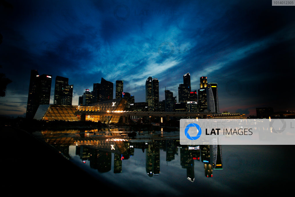 Marina Bay Circuit, Singapore. 18th September 2013. The cityscape of Singapore. World Copyright: Steven Tee/LAT Photographic. ref: Digital Image _L0U0373