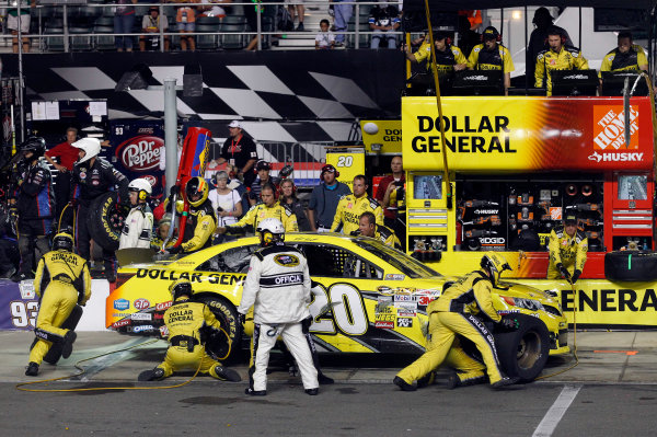 23-24 August, 2013, Bristol, Tennessee USA Matt Kenseth, Dollar General Toyota Camry pit stop ©2013, Matthew T. Thacker LAT Photo USA