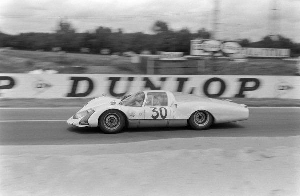 Jo Siffert / Colin Davis, Porsche System Engineering, Porsche 906/6 Carrera 6 Langheck.
