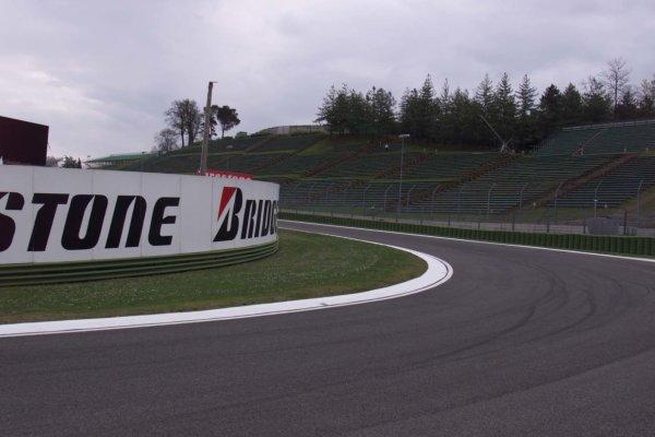 2000 San Marino Grand Prix.Imola, Italy, 6/4/2000The track at ImolaWorld - LAT PhotographicTel: +44 (0) 208 251 3000Fax: +44 (0) 208 251 3001E-mail: digital@latphoto.co uk
