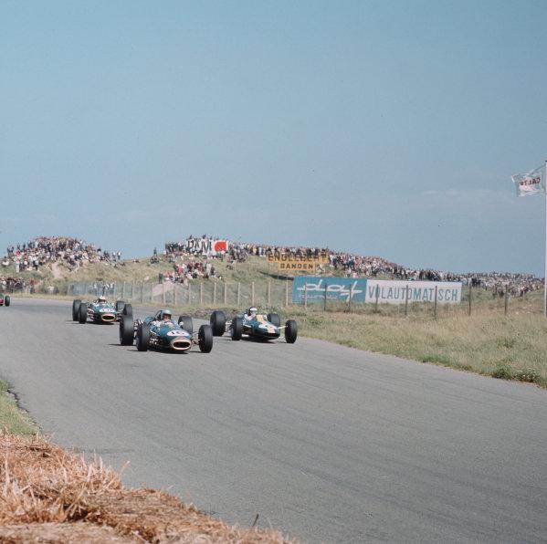 Zandvoort, Holland.22-24 July 1966.Jack Brabham (Brabham BT19 Repco) leads Jim Clark (Lotus 33 Climax) and Denny Hulme (Brabham BT20 Repco).Ref-3/2303.World Copyright - LAT Photographic