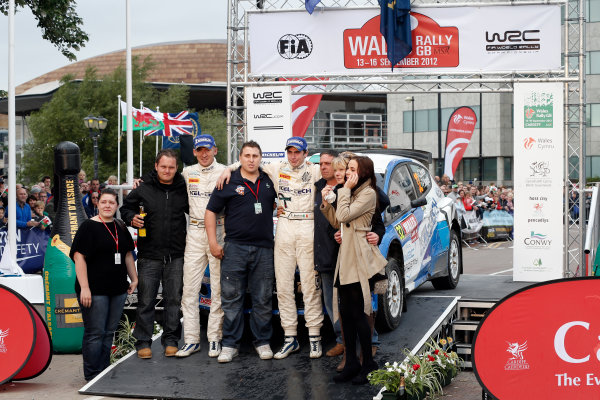 Round 10- Wales Rally GB 12-16/9- 2012.Paul Nagle, Craig Breen, and family of Gareth Roberts Ford S2000, Podium.Worldwide Copyright: McKlein/LAT