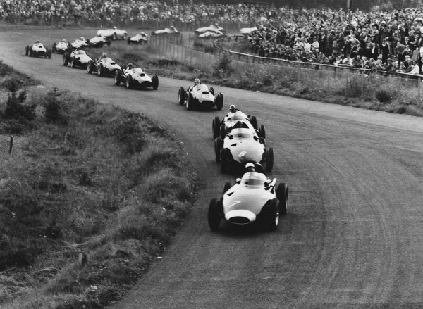 Nurburgring, Germany. 1 - 3 August 1958.Stirling Moss (Vanwall), retired, leads Tony Brooks (Vanwall) 1st position, at the start of the race, action. World Copyright: LAT Photographic.Ref:  2291.