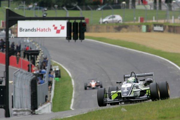 2007 British Formula Three ChampionshipBrands Hatch, England 14th -  15th July 2007,Sam Bird (GBR) - Carlin Motorsport Dallara MercedesWorld Copyright: Jakob Ebrey/LAT Photographic.