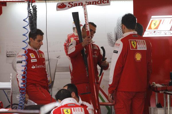 Circuit de Catalunya, Barcelona, Spain6th May 2010The Ferrari new F DuctWorld Copyright: Andrew Ferraro/LAT Photographicref: Digital Image _Q0C0301