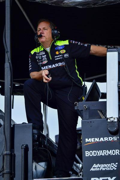 #12: Ryan Blaney, Team Penske, Ford Mustang Menards/Tarkett, crew chief Todd Gordon