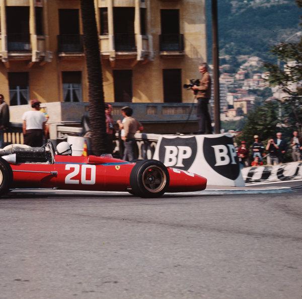 1967 Monaco Grand Prix.Monte Carlo, Monaco.4-7 May 1967.Chris Amon (Ferrari 312) 3rd position.Ref-3/2813.World Copyright - LAT Photographic