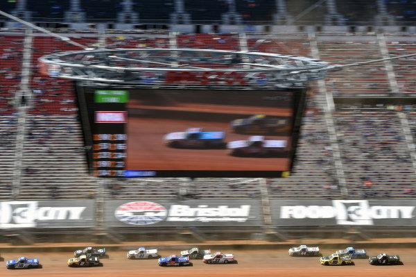 #16: Austin Hill, Hattori Racing Enterprises, Toyota Tundra United Rentals, \n2\
