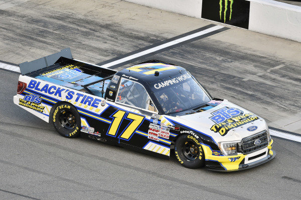 #17: David Gilliland, David Gilliland Racing, Ford F-150 Black's Tire