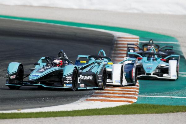 Mitch Evans (NZL), Panasonic Jaguar Racing, Jaguar I-Type 4 leads Oliver Turvey (GBR), NIO 333, NIO FE-005 and Ma Qinghua (CHN), NIO 333, NIO FE-005