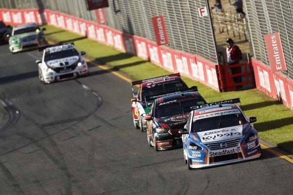 Andre Heimgartner, Kelly Racing, Nissan, leads David Reynolds, Erebus Motorsport, Holden