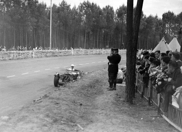 Robert Hitchens / Mortimer Morris Goodall, Aston Martin Speed Model.